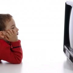Estudo diz que TV de dia reduz sono de crianças a noite