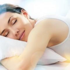 Dormir horas a mais ajuda a combater dores, diz estudo